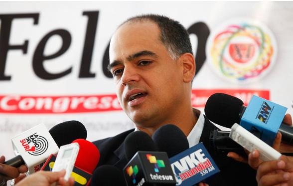 Andres-Izarra-es-designado-como-nuevo-Ministro-de-Turismo_31215